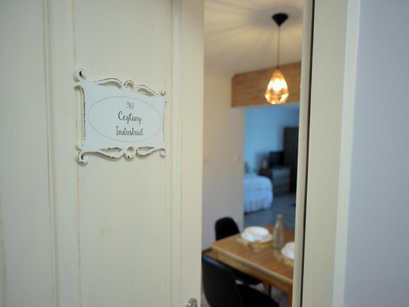 Lu Apartments - Noclegi w Oświęcimiu Ceglany